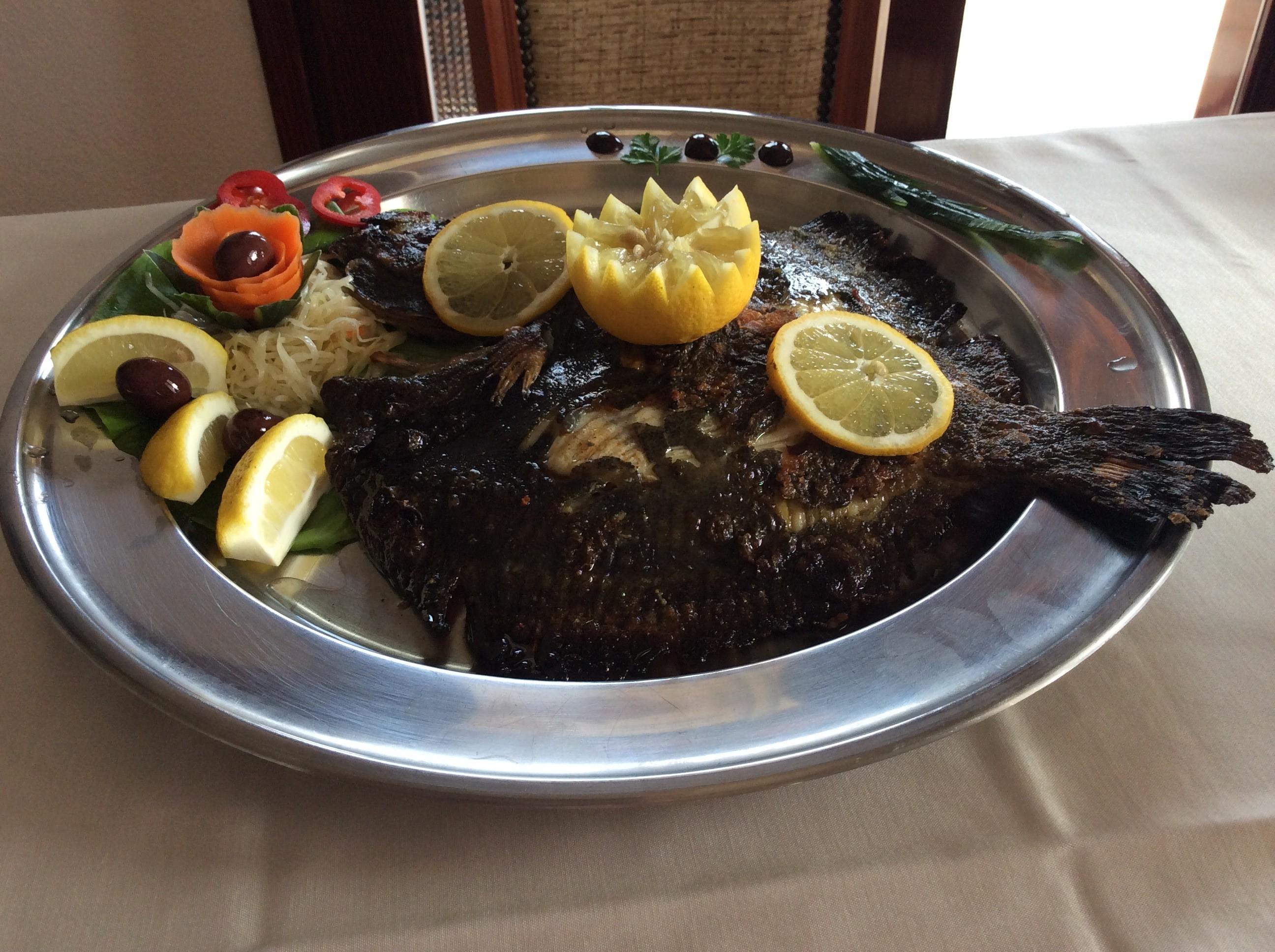 Riba rumbač (list) na žaru